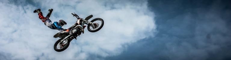 biker-384178_1920