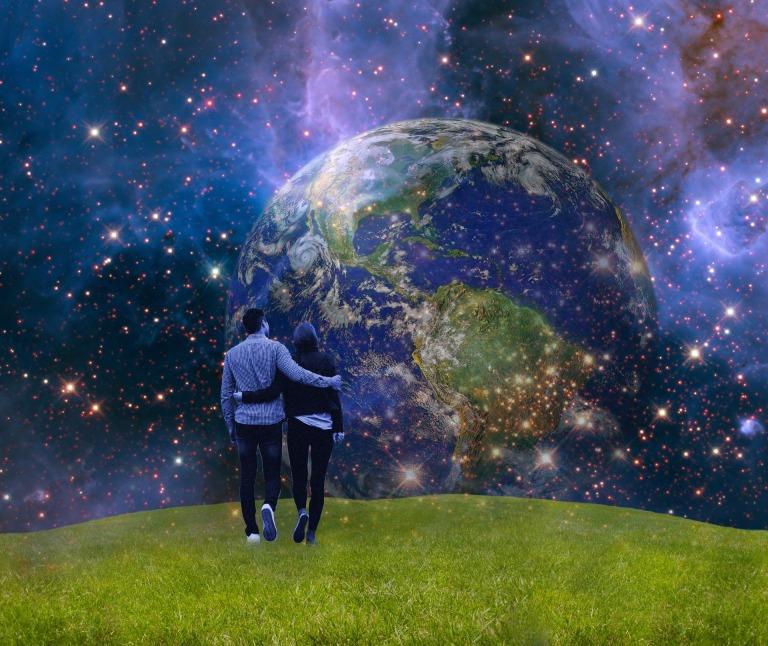 earth-2841056_1920