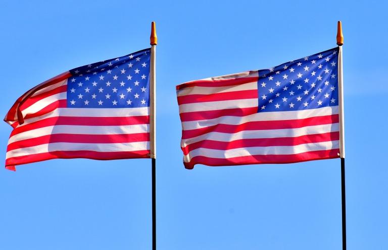 flag-3354777_1920