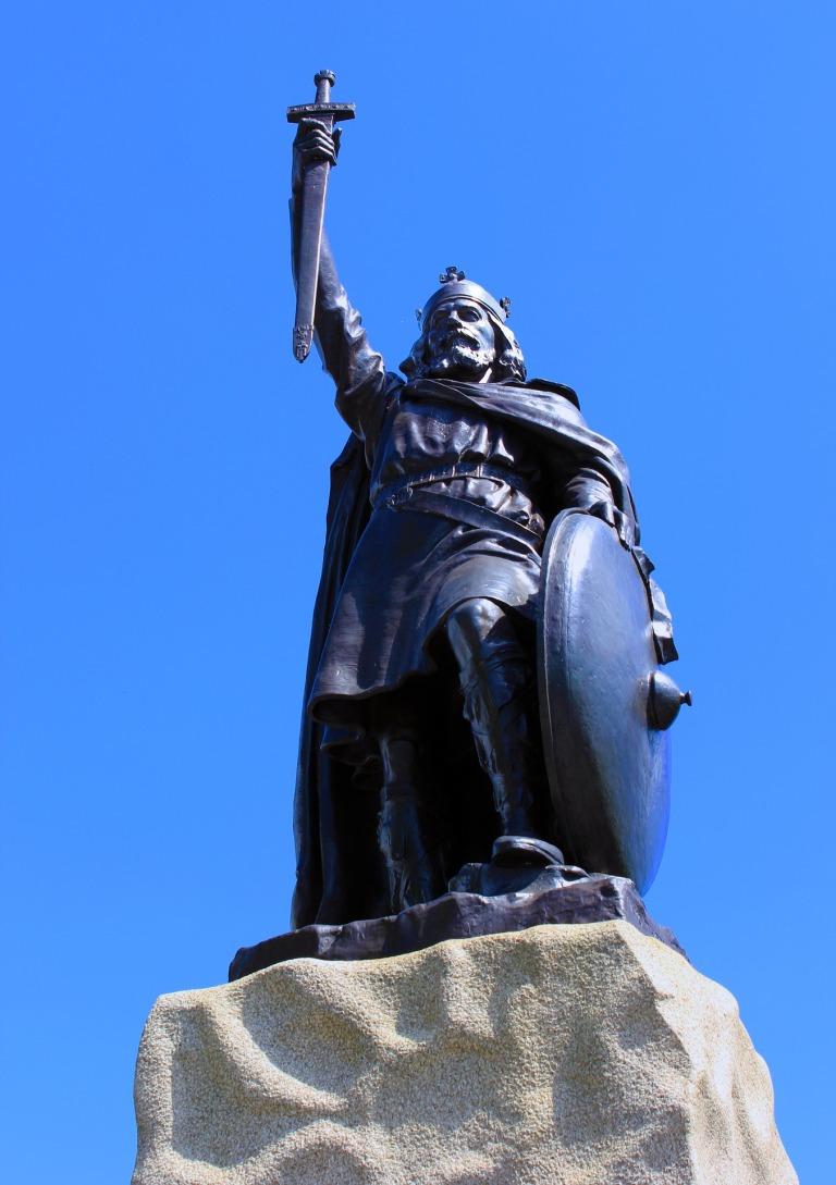 statue-1408978_1920