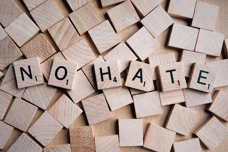 no-hate-2019922_1920