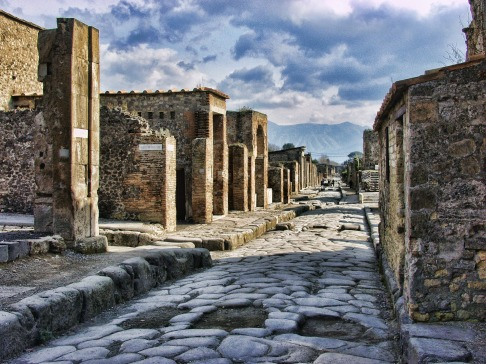 pompeii-2375135_1920