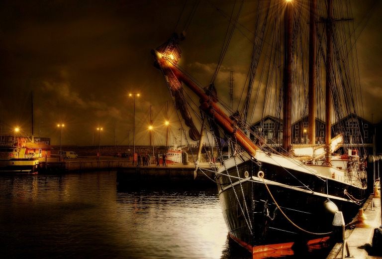 sailing-vessel-2184977_1920
