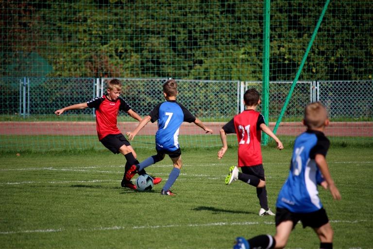 football-2853593_1920