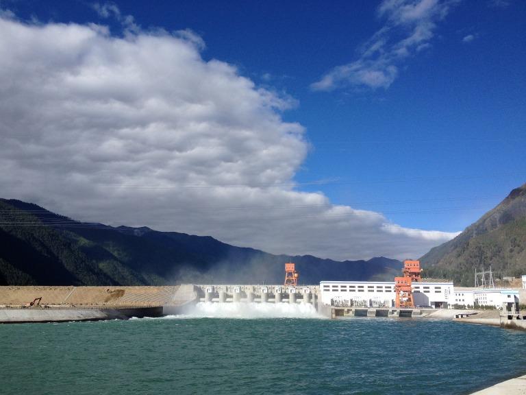 hydropower-2190422_1920